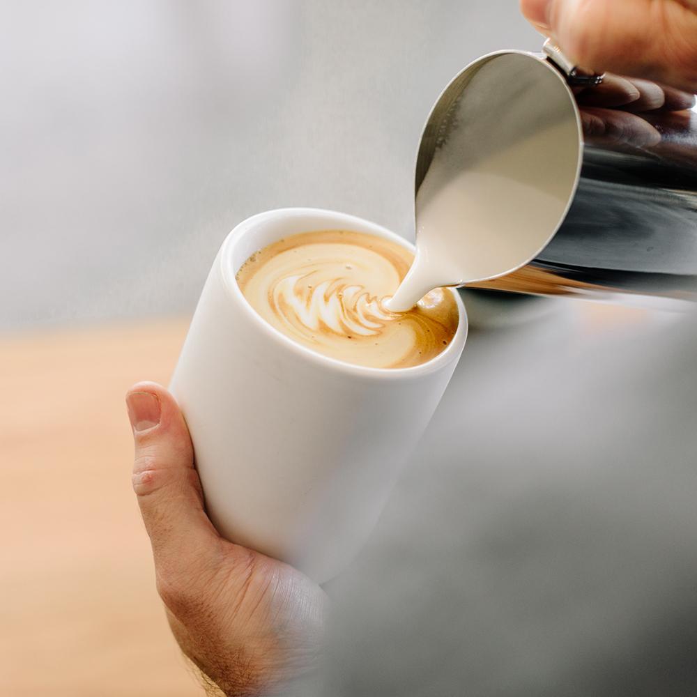 FELLOW MONTY 雙層陶瓷咖啡杯– 11oz(霧面白)拿鐵杯拉花杯
