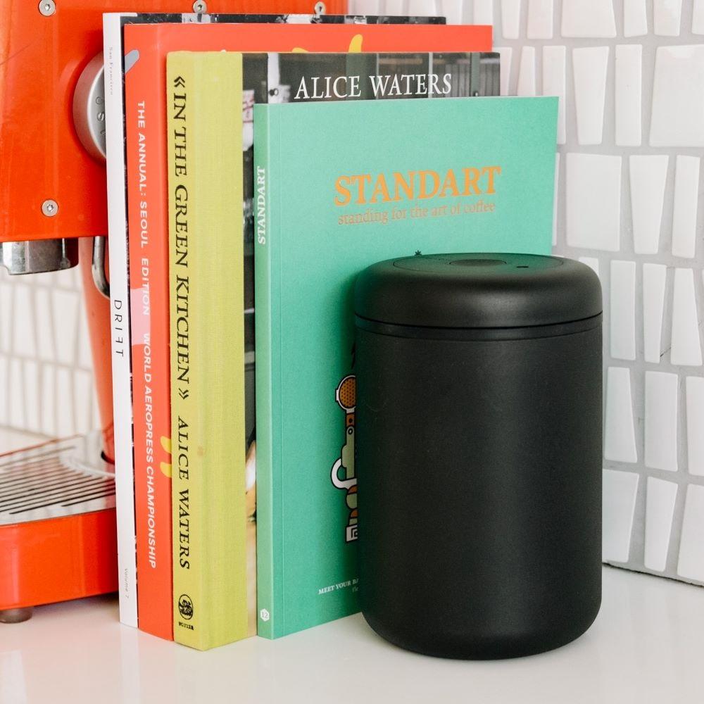 【FELLOW】ATMOS 真空密封罐 不銹鋼啞光黑 1.2L