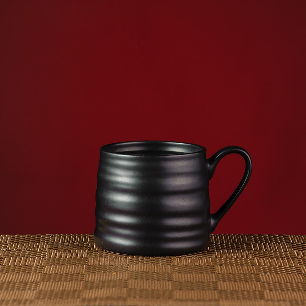 夜空黑曜瓷泥馬克杯440cc-生活工場
