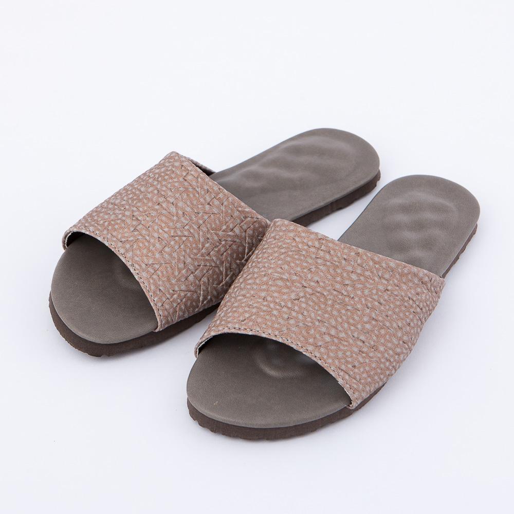 織韻3D立體乳膠拖鞋-咖L-生活工場