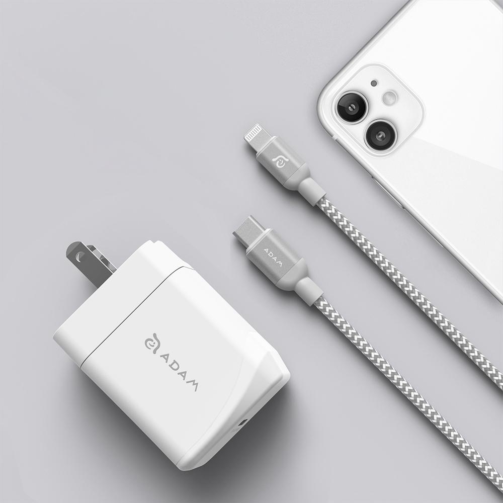 ADAM 亞果元素 OMNIA F1 USB-C PD / QC 3.0 18W 極速充電快充組 白