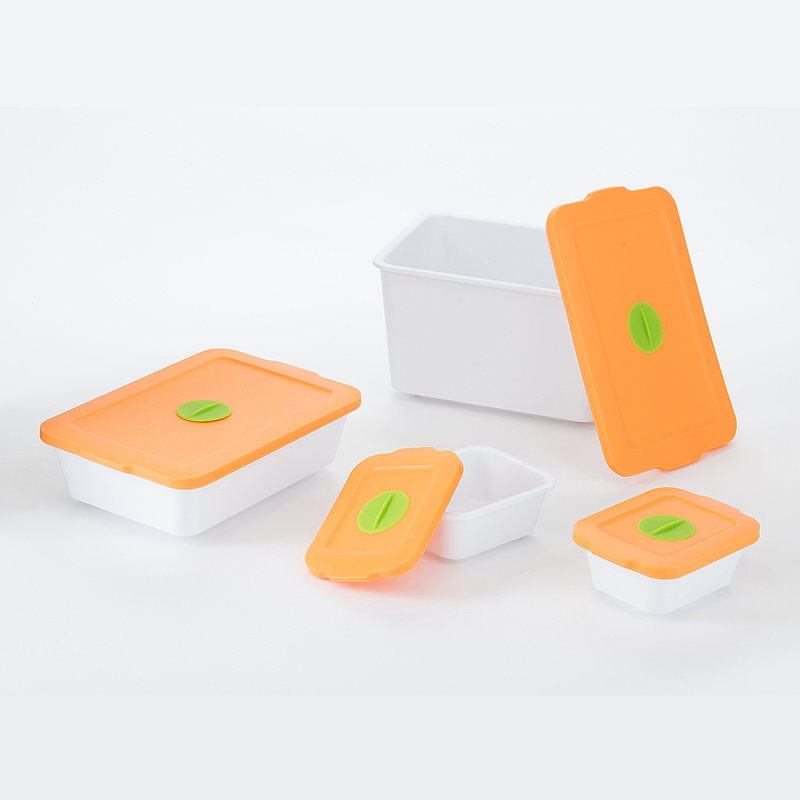 【台灣 S.E.E.】Breere 保鮮盒四件組-橘蓋白身+方盤組