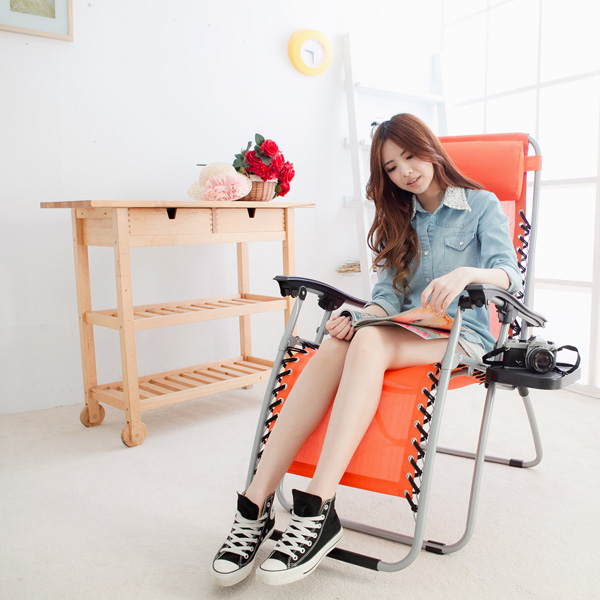 【LIFECODE】特斯林透氣無限段折疊躺椅-附置物杯架 (桔色)